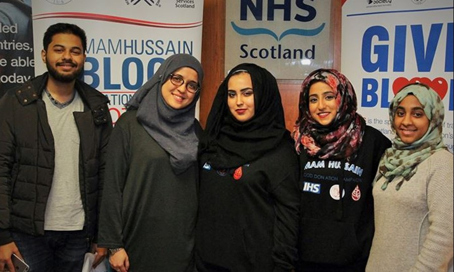 Blood donors from Edinburgh University Muslim Society supporting the campaign.