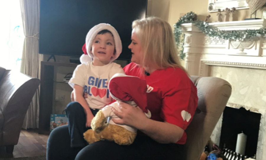 Iain and Mum Nicola thank blood donors this Christmas