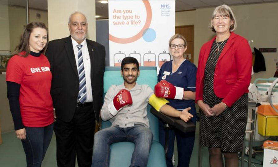 Glasgow donor centre welcomes Kash Farooq